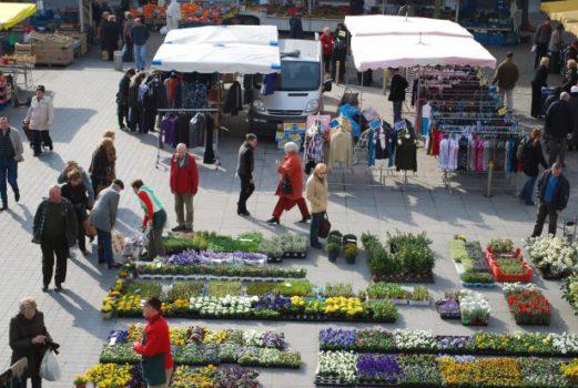 Wekelijkse markt op zaterdag te Ronse